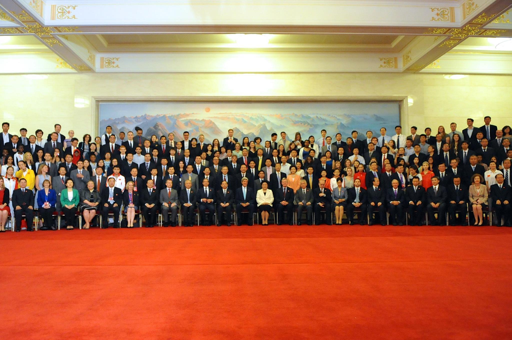 Group photo with Secretary of State John Kerry and Vice Premier Madam Liu Yandong